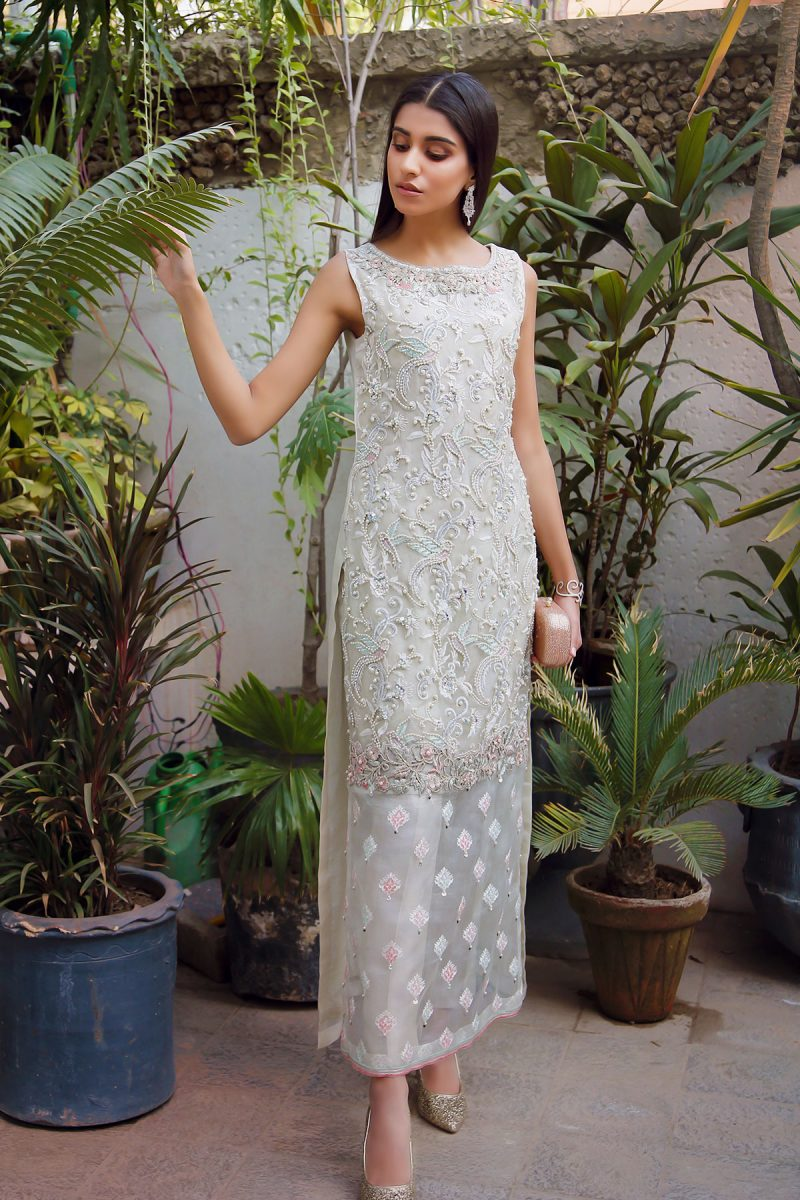HA-LPC01 Pearl White Luxury Pret Collection AW19 by Hamza Anwar
